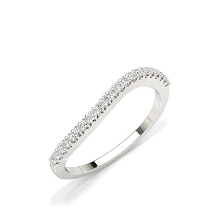 Shared Prong Setting Round Diamond Everyday Ring